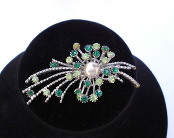 Large Vintage Silvertone Brooch Green Diamontes and Faux Pearl 1950's  #20065