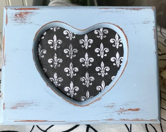 Adorable refinished shabby chic jewelry/ring box
