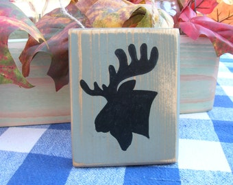 Moose Wood Wall Sign - Small Shelf Decoration - Christmas Ornament Wood Hanging - Green and Black