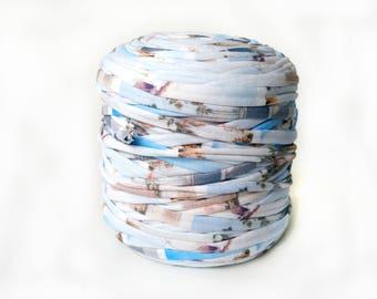 Printed jersey T-shirt yarn, recycled t shirt yarn, tshirt yarn, recycled cotton yarn, multicolor yarn, tricot yarn, bulk yarn