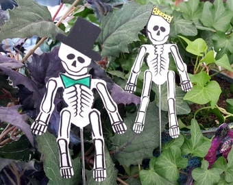 Miniature Skeleton Couple Stakes - Set of 2 - Bendable Joints