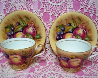 2 Beautiful Vintage AYNSLEY ORCHARD Cup & Saucer Sets.