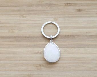 gemstone keychain | teardrop white quartz