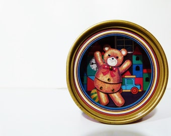 1 Vintage music box with dancing bear made in Japan by Ikecho in the '80s - nursery - music - retro - home decor - children room decor