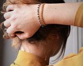 Bracelet double rang chaîne fantaisie perles et chaîne épi émaillée, divers coloris, chic et bohème, Made in Paris