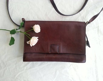 Vintage 70's Leather Bag Messenger Bag Genuine Leather Dark Brown Dark Tan Shoulder Bag Hippie Boho Style