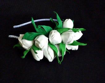 White Tulips Green spring flower crown Summer hair wreath Bridal headpiece Boho halo White Bridesmaid Crown flower head piece Tulip Wedding
