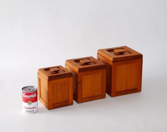 Mid Century Teak Storage Containers Kitchen Canisters, Set of 3, circa 1950s – 1970s