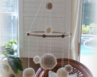 Pom Pom Mobile, Baby Mobile, Neutral Baby Mobile, Nursery Decoration Neutral, Pom Pom Baby Mobile, PomPoms, Baby Shower Gift, Yarn Mobile