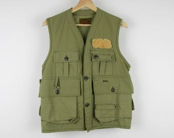 Vintage 60s Fishing Vest / Women's Soft Pale Green Army Olive Saf-T-Bak Hunting / Small S Medium M