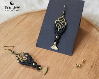 Earrings 'Oriental' black