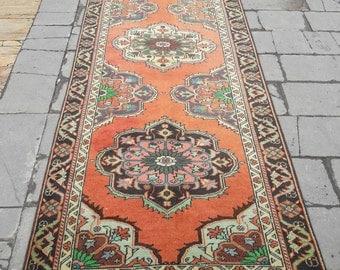 "Runner Rug, Hallway Rug, Oushak Runner Rug, Area Rug, Entryway Rug, Vintage Rug, Turkish Rug, Oriental Knotted Rug ! Feet : 4' x 11'5""."