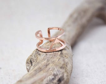 Ring double row pattern plated mountain rose gold
