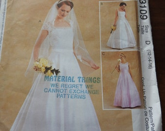 McCalls 3109 Women's Classical Style Wedding Gown Sewing Pattern