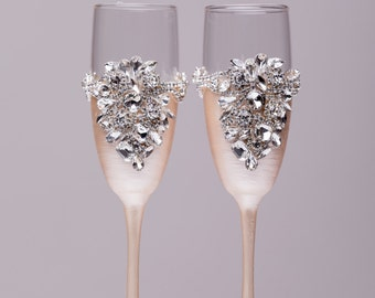 Personalized wedding flutes wedding champagne glasses champagne flutes toasting flutes silver champagne flutes wedding flutes Set of2