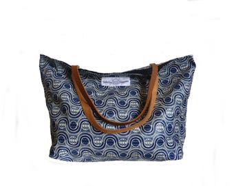 Odessa Tote in wax coated