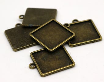 50 Pcs of SQUARE Antique Brass Bezel - for 20mmX20mm GLASS Magnifying Domes Cabochon - Pendant Blank Bezel . for Cabochon, Photo Jewelry