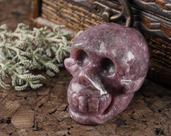 "2"" Hand Carved LEPIDOLITE Stone Skull - Love Stone, Healing Stone, Healing Crystal & Heart Chakra Stone - Raw Lepidolite Crystal Skull E0264"