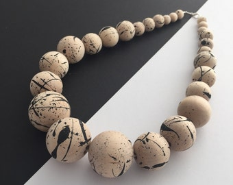Wooden bead necklace, Chunky necklace, Statement jewellery, Unique necklace, Minimalist modern jewellery, Scandi