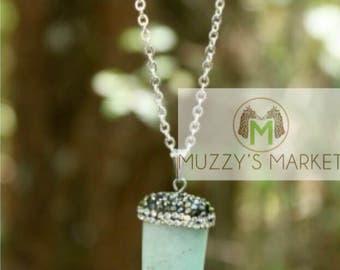 Mint Tusk Stone Necklace