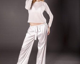 Silk pajamas/ White pajamas/ Satin pajamas/ Bridal Pajama/ Satin Sleepwear/ Silk Sleepwear/ Silk Loungewear/ Gift/