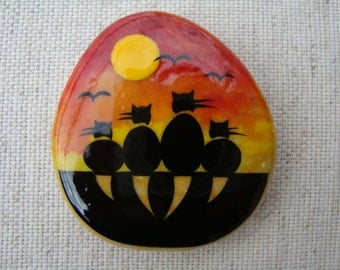 Collectibles-stone magnet magnet-frige magnet-hand-painted-lucky stone-gift for mom-original OOAK miniature