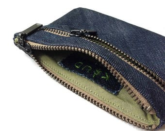 Upcycled denim double zipper pouch - wallet - coin purse - card holder - dark blue denim - green - beige - hand embroidered label