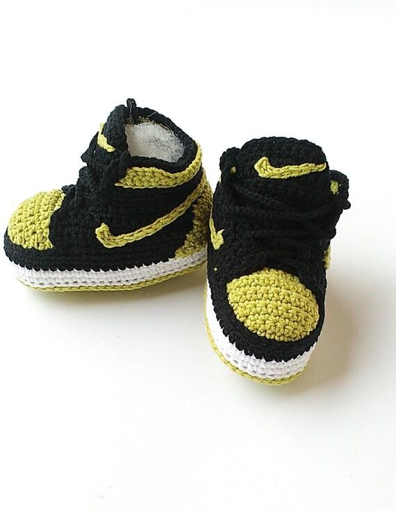 79a5cfc0edaa Crochet baby Air Jordan Jordan baby shoes Crochet slippers hot sale ...