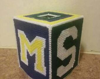 House devide tissue box cover