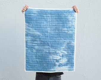 Organic baby quilt - hand-quilted - 26''7 x 33''4- organic cotton - baby size - natural indigo handdyed - shibori – slowmade in France