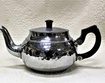 VINTAGE Sona Chrome Teapot by NCJ Aluminum Works Stratford on Avon England J.528 Mid Century Teapot Bakelite Handles, Shabby Cottage Chic
