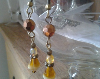Half Price - Vintage Lovely Brown beads Earrings
