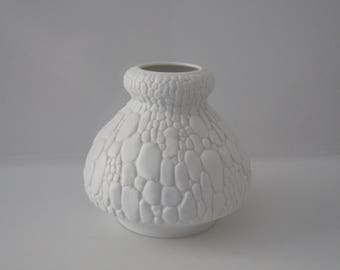 Bisque Porcelain vase by Kaiser - crocodile skin relief