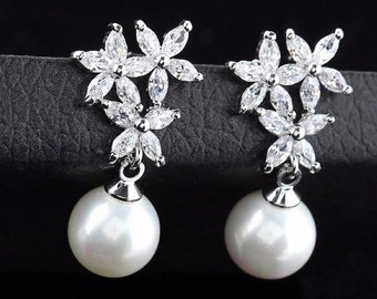 Flower Pattern Pearl Long Vintage Drop Earring