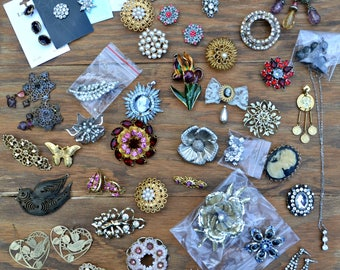 Vintage Jewelry Destash