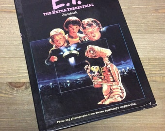 E.T. - The Extra-Terrestrial Storybook - Steven Spielberg - Story Book - Children's Book - 80s Movie - 80s Collectible - ET