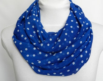 Summer Scarf Blue / Scarves / Infinity Scarf / Circle Scarf / Womens Scarf / Lightweight Scarf / Ladies Scarves / Print Scarves / Loop Scarf