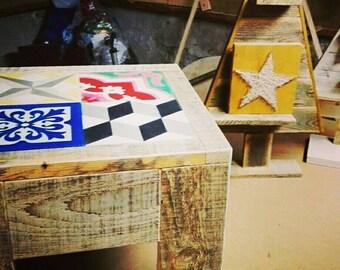 Table de salon en bois de récupération carreaux de ciment Reclaimed wood coffee Table with cement tiles Spring Sale - 10%!