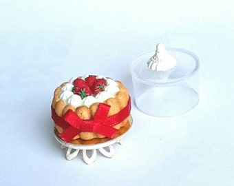 Miniature charlotte cake in 1 inch scale