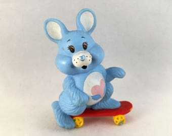 Care Bears Bisounours Swift Heart Rabbit Racing on a Skateboard Miniature 80'