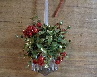 Mistletoe Kissing Crystal Ball Ornament, Vintage Christmas Decoration Tree Topper, Vintage Holiday Mistletoe