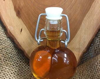 50 count heart shaped bottle with maple syrup wedding favor syrup maple