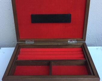 Vintage Red felt lined jewelry box, Trinket Box, Ring Box, Keep sake box, Treasure Chest,