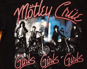 Vtg MOTLEY CRUE GIRLS concert tshirt • shirt t-shirt/80s 90s Rock Metal Hip hop Rap Vintage Retro Old school/Metallica Beatles Nirvana/ sz M