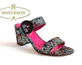 MARINA ORCHID HEEL - Heeled sandals, womens shoes, leather, black and orchid color, floral motifs stamped, Spring Summer, Nogueron