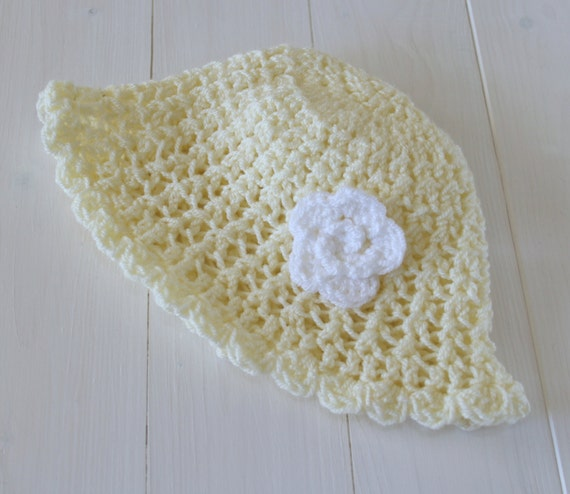 Hat, Baby hat, Baby girl, Baby girls hat, Childs hat, Knitted Crochet hat, Baby gift, Cream and white baby hat, Photo prop, Ready to ship,