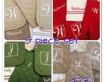Kitchen towels, oven mitts and pot holder embroidered set