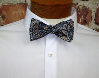 Vintage-Inspired Paisley Bowtie in Shades of Navy and Rust