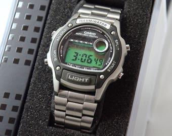 Mixed Casio llluminator watch