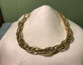 "Goldtone Multi-Link Twist Chain Choker Necklace, 17"""